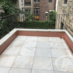 Brownstone-roof-terrace